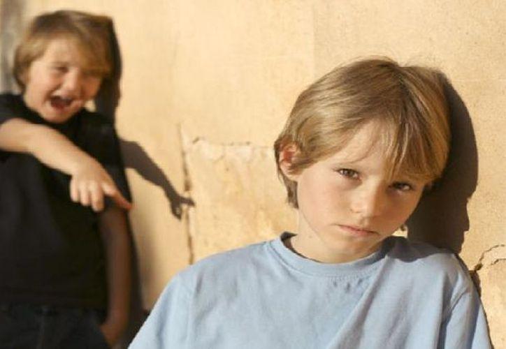 Consideran primordial que los padres enseñen a los hijos a enfrentarse a las burlas y humillaciones que pudieran recibir en su niñez. (Contexto/ Internet)