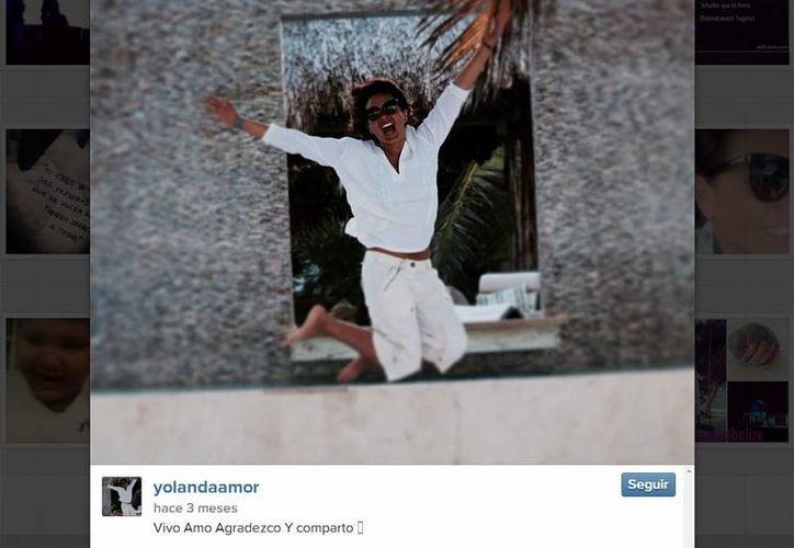 Mediante su cuenta de Twitter, Yolanda Andrade desmintió que vaya a casarse. (Instagram/yolandaamor)