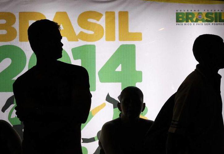 FIFA no puso a la venta entradas para el partido inaugural Brasil vs. Croacia en Sao Paulo, la final en el Maracaná en Río de Janeiro y las semifinales en Sao Paulo y Belo Horizonte. (Agencias)