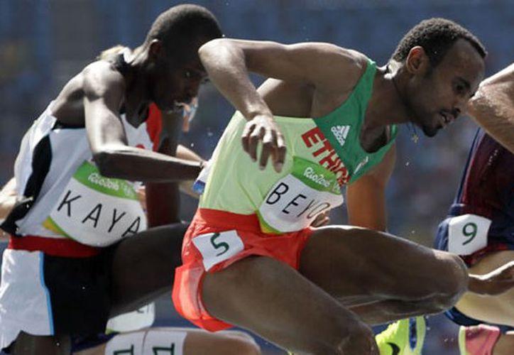 Chala Beyo, quien compitió en los Juegos Olímpicos de Río de Janeiro, fue suspendido por dos años. (Foto: Televisa Deportes)