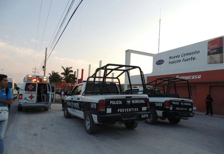 Un establecimiento de venta de materiales de construcción, en el bulevar Colosio de Cancún, fue asaltado con violencia. (Redacción/SIPSE)