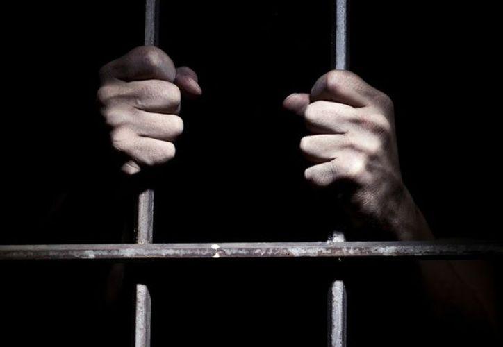 """Ceráfico """"N"""" fue detenido el 06 de junio de 2014 en San Juan del Río, Querétaro, por personal de la Secretaría de Marina. (Excelsior)"""