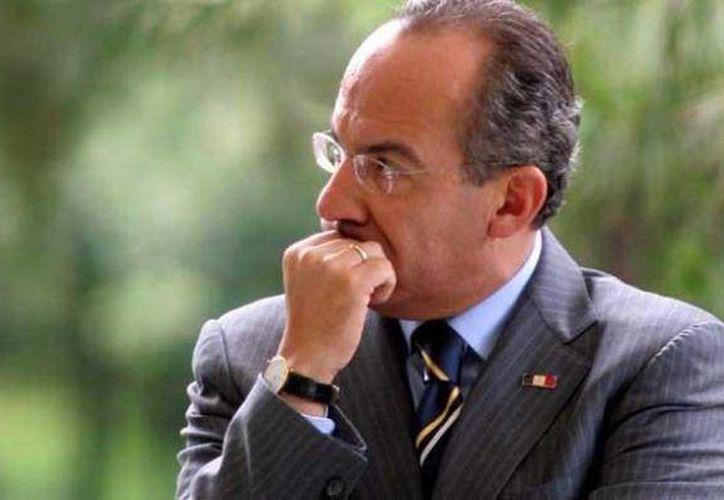 Felipe Calderón Hinojosa se disculpó con la familia del activista cubano Oswaldo Payá al no poder asistir al aniversario luctuoso, ya que le prohibieron la entrada a Cuba. (Archivo/Agencias)