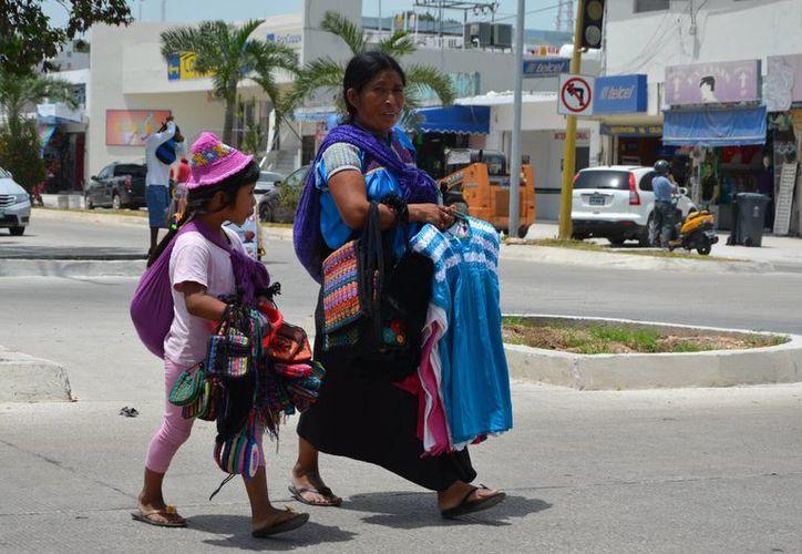 En Quintana Roo existen 80 mil 758 chiapanecos mayores de edad así como 16 mil 407 de origen oaxaqueño. (Gerardo Amaro/SIPSE)