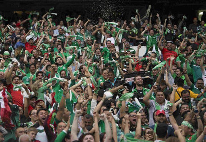 En los partidos de la Copa Confederaciones habrá observadores para encargarse de reportar esos actos. (Foto: Milenio)
