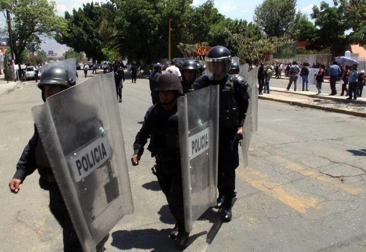 Los manifestantes se dijeron engañados y que por eso volvieron a bloquear la carretera. (Notimex/Contexto)