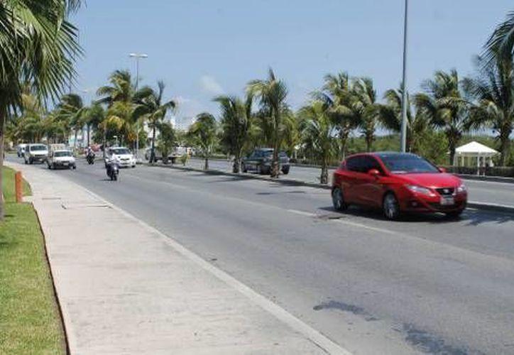 El proyecto agilizaría el flujo vehicular que se genera por el arribo de turistas y del personal, de la zona hotelera. (Redacción/SIPSE)