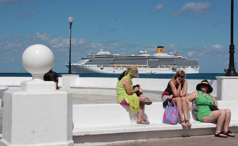 La cantidad de pasajeros fue menor en enero del 2015. (Gustavo Villegas/SIPSE)