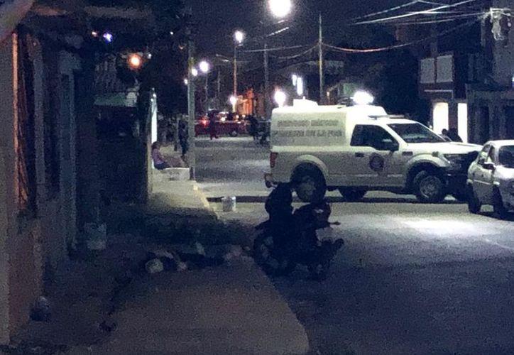 Los hechos se registraron la noche del martes, sobre la calle 13, de la Región 90. (Redacción/SIPSE)