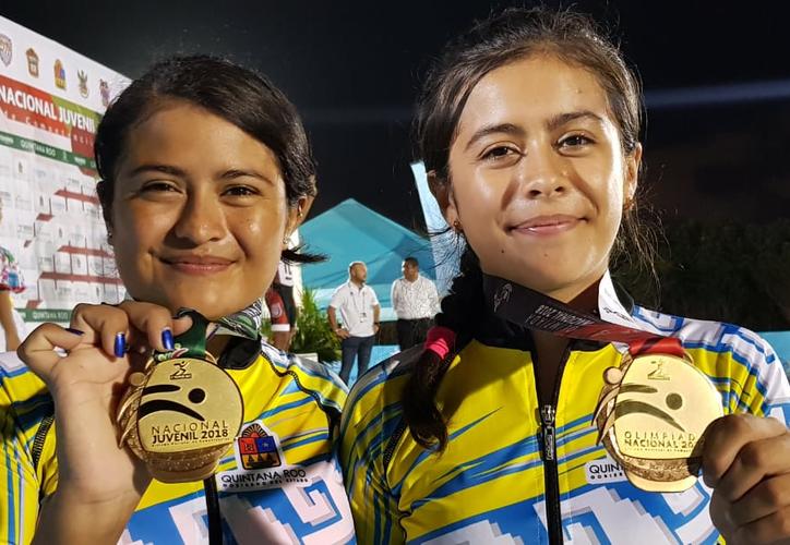 Lesly y Naimy Gómez triunfaron en el inicio de la Olimpiada Nacional y Juvenil 2018. (Ángel Villegas)