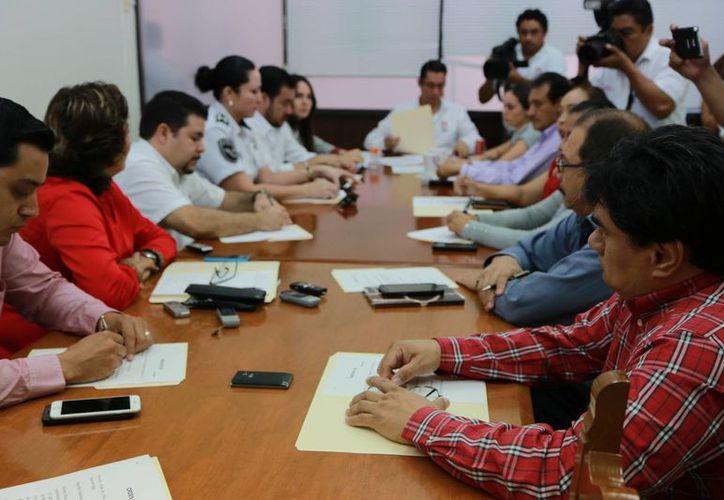 Las autoridades realizaron la VI reunión de trabajo. (Luis Soto/SIPSE)