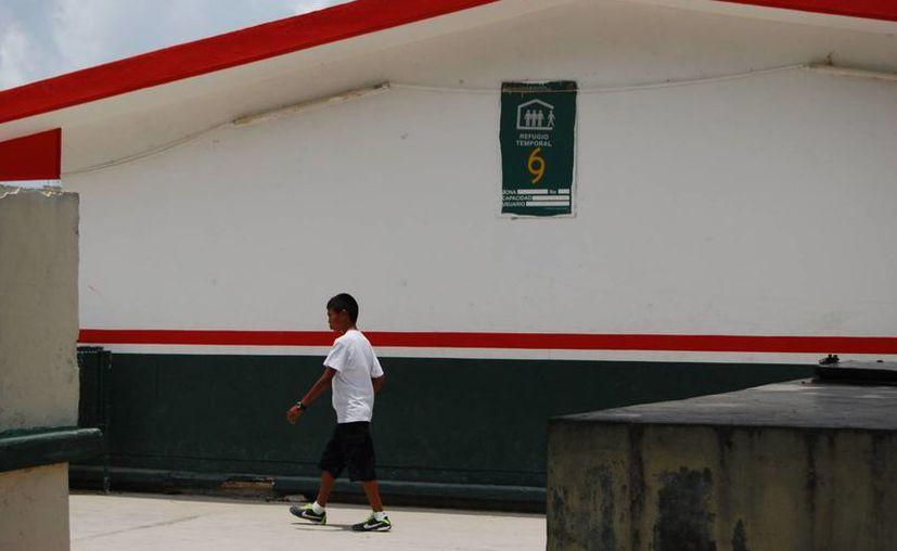 Varias primarias sirven como refugio en caso de huracán. (Tomás Álvarez/SIPSE)
