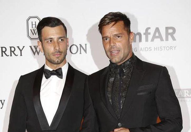 El cantante Ricky Martin contraerá matrimonio con el pintor Jwan Yosef, el próximo mes de junio, en lugar de lujo de Nueva York.(Archivo/AP)