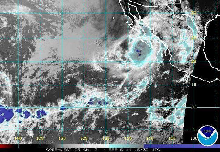 Se estima que el huracán Norbert se mantenga hoy como categoría uno. (ssd.noaa.gov)