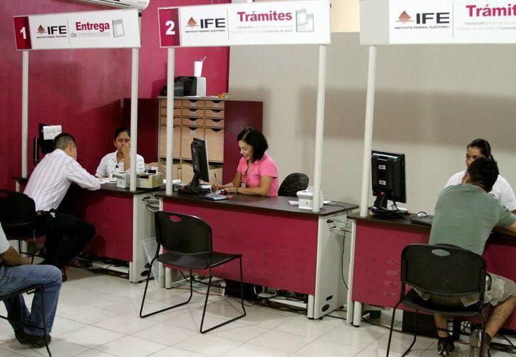 La credencial del IFE no pierde vigencia. (Adrián Monroy/SIPSE)