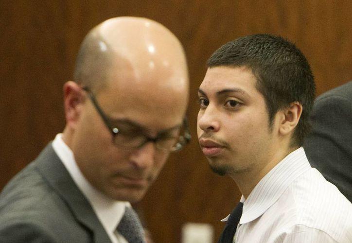 Reyes cometió 'cosas horribles y atroces', según la fiscal que llevó su caso; recibirá cadena perpetua. (AP)
