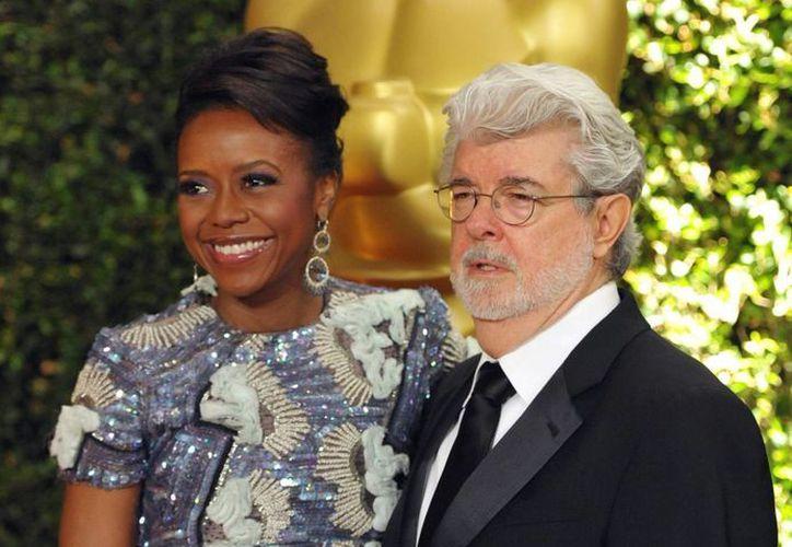 La Universidad de Chicago agradeció publicamente al cineasta George Lucas y su esposa, Mellody Hobson, el generoso donativo. (Agencias)