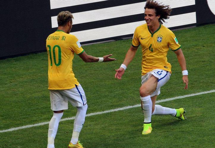 Brasil se coronó campeón de la Copa Confederaciones el año pasado en casa, pero en el Mundial fracasó. (Notimex/Foto de archivo)