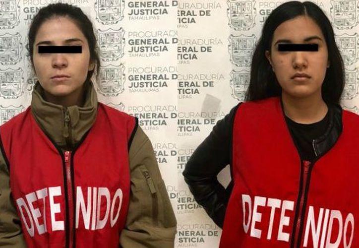 Katia Celina 'N', de 23 años de edad, y Jordana Guadalupe 'N', de 21, están detenidas por el delito de robo a comercio. (Foto: PGJ Tamaulipas)