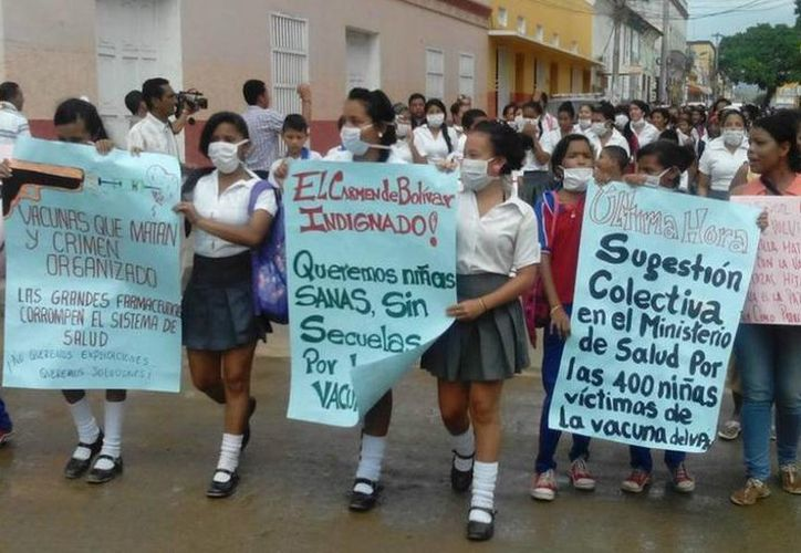 El Ministerio de Salud de Colombia asegura que el malestar de cientos de niñas del municipio Carmen de Bolívar no tiene relación con la aplicación de la vacuna contra el papiloma humano. (Fotografía: pulzo.com)