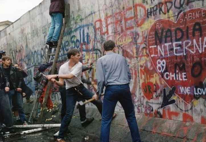 El Muro de Berlín fue construido por los soviéticos el 13 de agosto de 1961. (Fahrenheit Magazine)