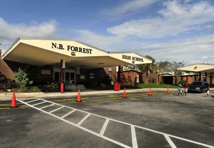 El cambio de nombre de la escuela Nathan B. Forrest se realizará en cuanto se elija uno nuevo. (Agencias)