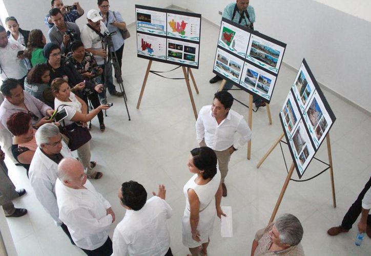 Las autoridades recorrieron las instalaciones del nosocomio. (Luis Soto/SIPSE)