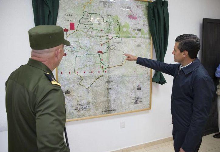Peña Nieto inauguró la Base de Operaciones de Nanchititla, en Luvianos, Estado de México. (Presidencia)