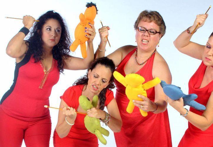 Cuatro amigas se reconocen como amorosamente obsesivas y se reúnen para exorcizar sus demonios. (Redacción/SIPSE)