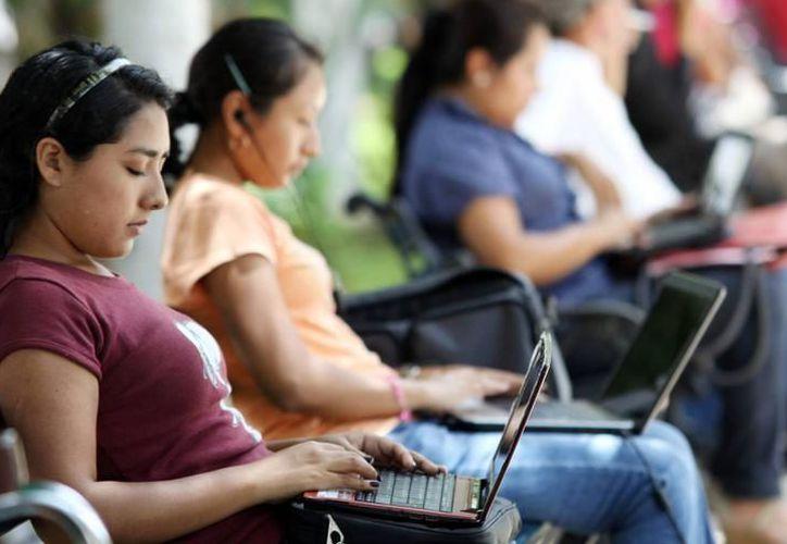 El portal de CodersLink.com, se encarga de analizar a los postulantes y conectarlos con las empresas que demandan sus capacidades. (SIPSE)