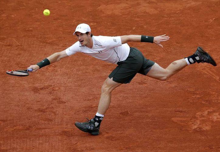 El escocés Andy Murray ya es uno de los ocho mejores tenistas de la actual edición del Abierto de Francia. (AP)