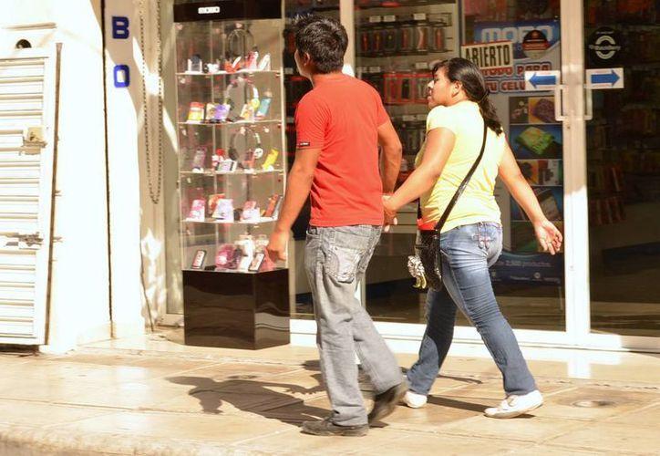 La vasectomía permite a la pareja una relación más sólida, ya que no afecta la virilidad. (SIPSE)