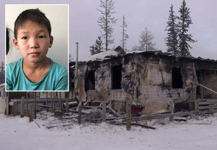 El niño fue invitado a pasar la noche en el hogar que se incendió. (RT)