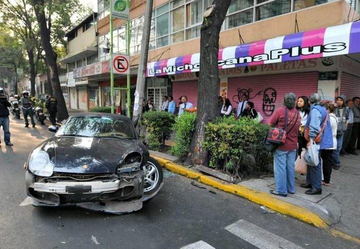 La conductora perdió el control del vehículo y arrolló a Laura Rodríguez. (Internet)