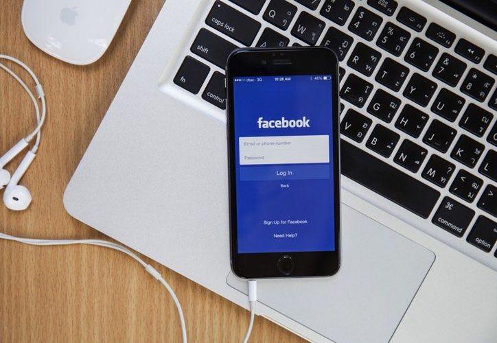 Facebook está probando una nueva función para conocer a gente basándose en tus contactos. (Contexto/Internet).