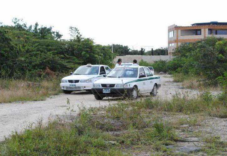 Continúa el asalto en contra de los taxistas de Cancún. (Eric Galindo/SIPSE)