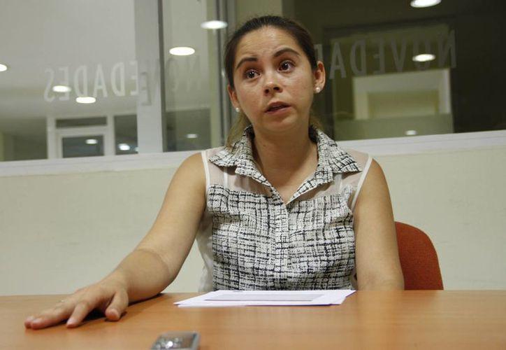Carolina García Cañón, durante una entrevista para Novedades Quintana Roo. (Tomás Álvarez/SIPSE)