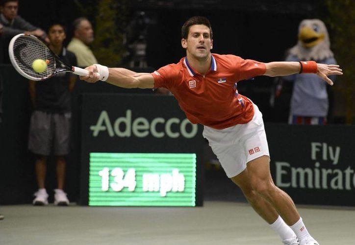 El serbio Novak Djokovic es una de las figuras a seguir en la Copa Davis. (EFE)