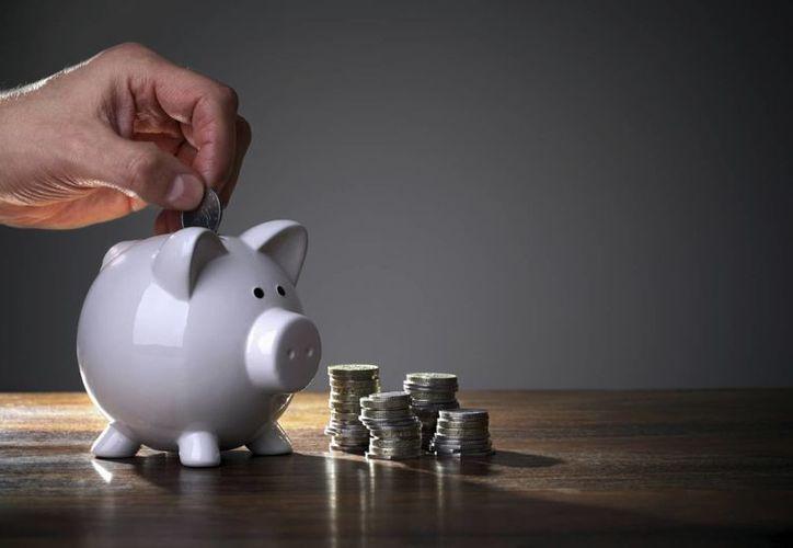 Ahorrar no tiene por qué ser doloroso, solo hay que planear una estrategia y tener constancia. (www.posta.com.mx)