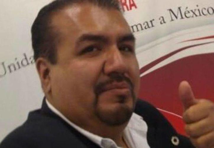 Carlos Cruz Islas fue secuestrado el lunes al salir de su negocio ubicado en el centro de Chilpancingo. Esta mañana fue encontrado su cadáver en la carretera federal Chilpancingo-Iguala. (sdpnoticias.com)
