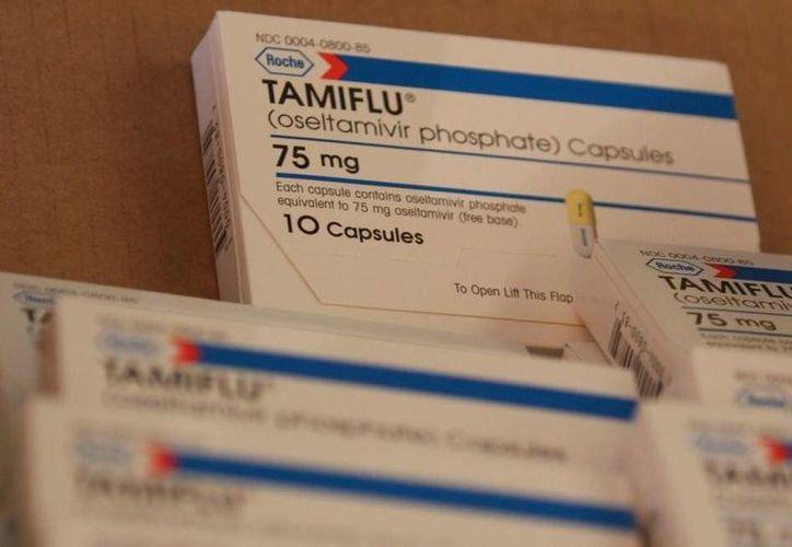 A partir del 25 de febrero la dependencia notó un desabasto del oseltamivir phosphate (tamiflu) en las farmacias privadas. (twitter.com/Notisistema)