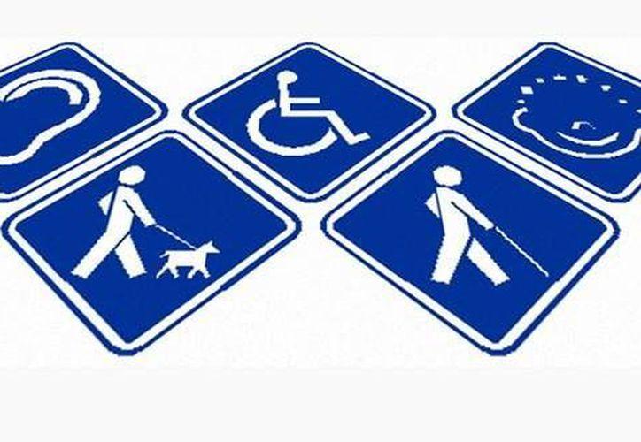 Jóvenes y adultos con problemas de audición, visión, movilidad e intelectual, podrán inscribirse al bachillerato abierto. (Internet)