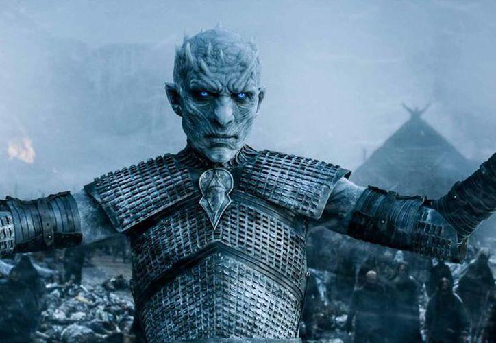 HBO anunció que la nueva entrega de la serie Game of Thrones llegará en verano de 2017, con siete episodios, tres menos que sus anteriores entregas, por cuestiones de clima. (techinsider.io)