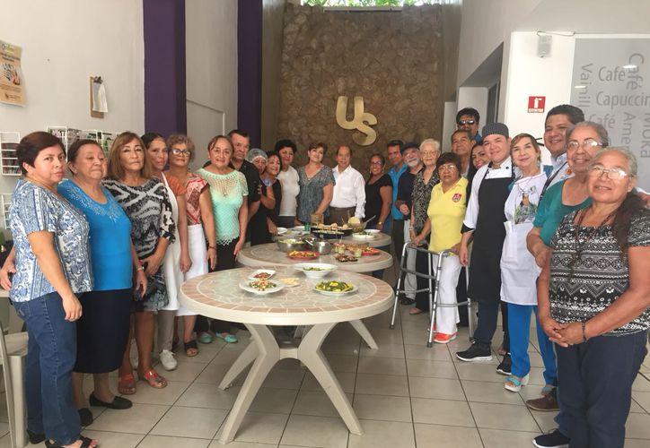 Actualmente las personas están en el taller de cocina vegana. (Eva Murillo/SIPSE)