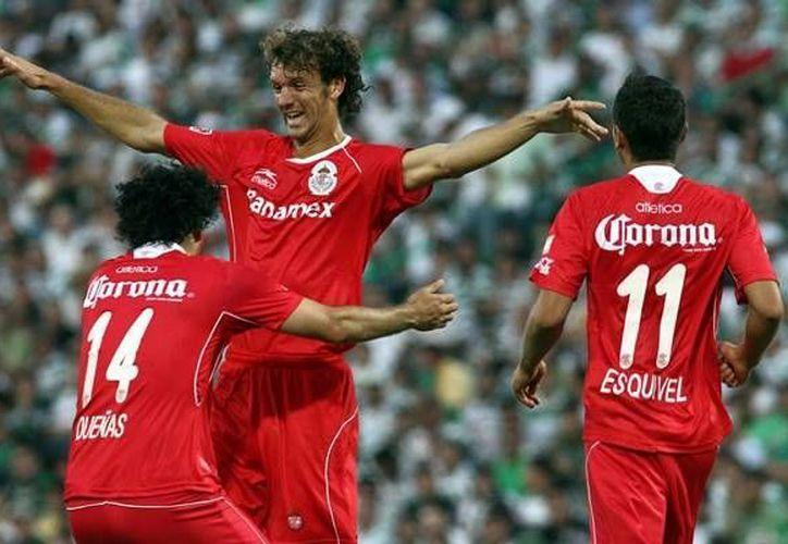 Novaretti (c) se encontrará con otros dos argentinos en su nuevo equipo en Italia. (mediotiempo.com/Archivo)