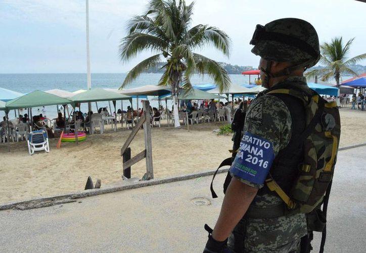 Imagen de contexto. La PGR ofrece recompensas por información que permita la captura de 13 delincuentes de Guerrero y Morelos. (Notimex/archivo)