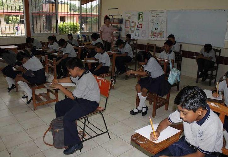 En junio fue aplicada la prueba Enlace a estudiantes de primaria y secundaria de todo el país. (SIPSE)