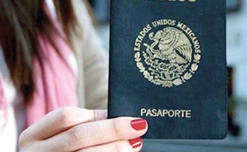 El pasaporte mexicano permite a sus ciudadanos entrar a 131 países sin necesitar visa. (Excelsior)