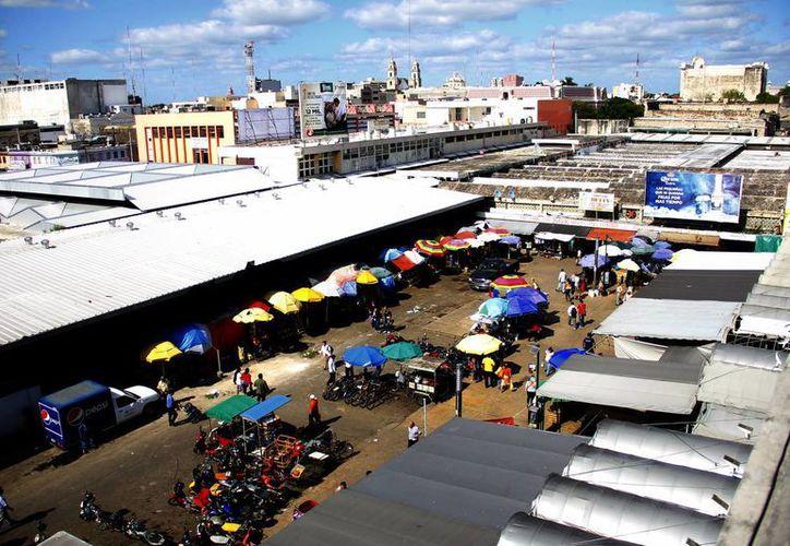 El mercado Lucas de Gálvez es uno de los principales de Mérida. (Juan Albornoz/SIPSE)