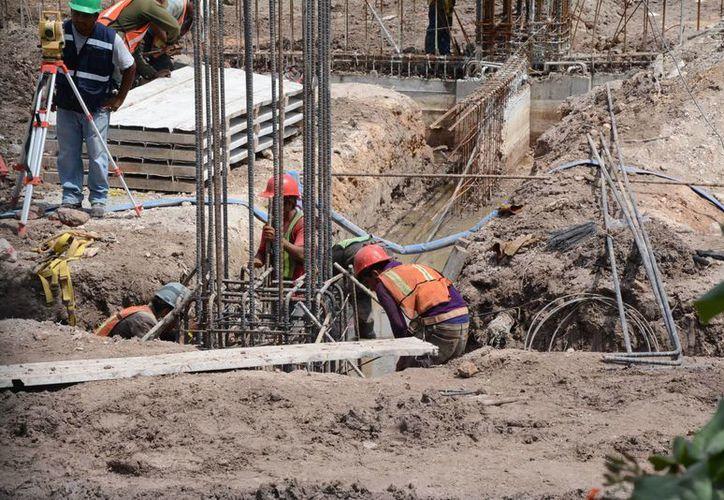 Se comenzará la construcción de tres torres el próximo mes. (Victoria González/SIPSE)